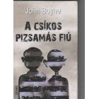 A Csikos pizsamás fiú (El niño con el pijama a rayas en Húngaro)